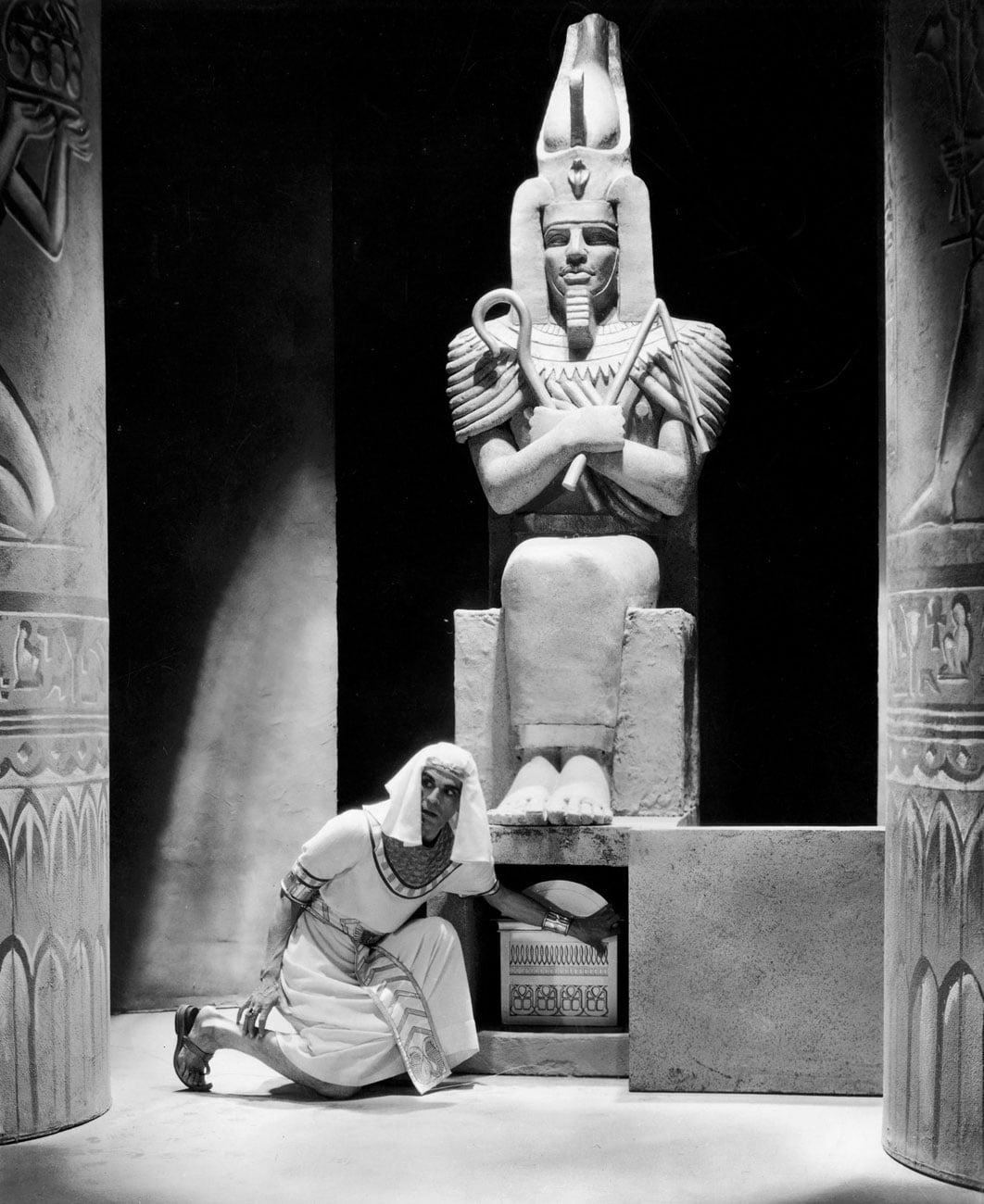 a historical movie review of the mummy A historical review of the film, the mummy originally written for a twelfth grade ancient history class.